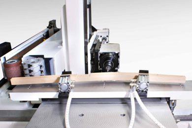 CNC obráběcí centra pro sedací a stolový nábytek